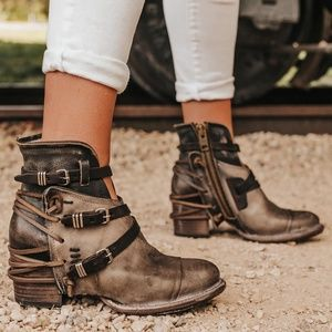 Freebird Crue Booties in Gray